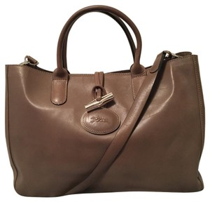 Longchamp Tote in clay gray