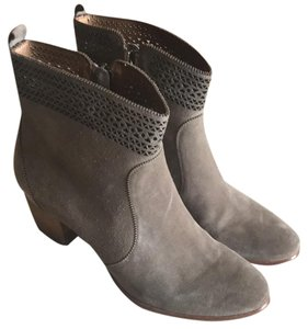 Aerin Grey / Stone Boots
