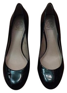 Tory Burch Astoria Patent Leather Pump Black Patent Wedges