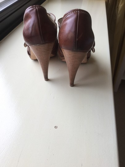 Rupert Sanderson Honey brown Pumps