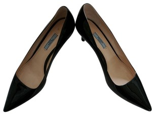 Prada Black patent leather Pumps