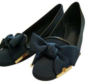 Tory Burch Blue with gold hardware Flats