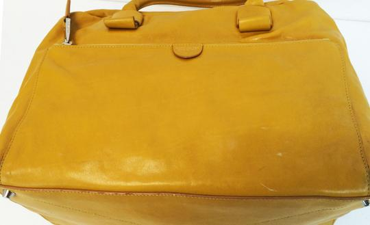 Marc Jacobs Dust Two Way Zip Leather Satchel in Yellow Image 10