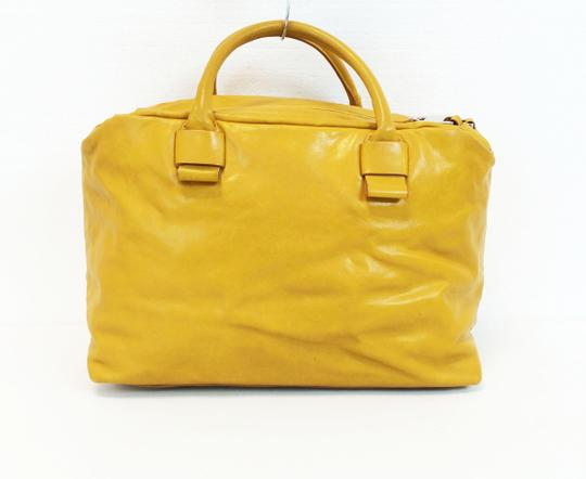 Marc Jacobs Dust Two Way Zip Leather Satchel in Yellow Image 11