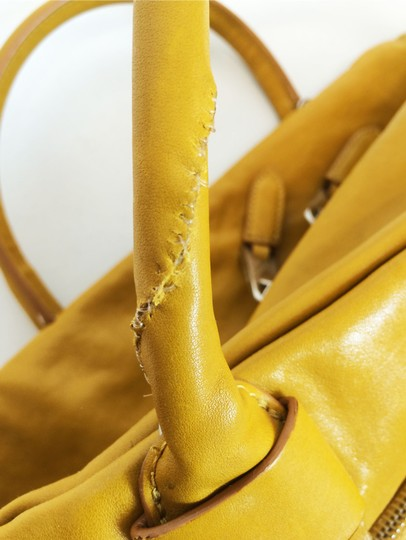 Marc Jacobs Dust Two Way Zip Leather Satchel in Yellow Image 5