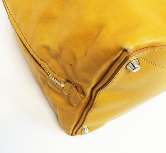 Marc Jacobs Dust Two Way Zip Leather Satchel in Yellow Image 7