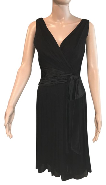 Preload https://img-static.tradesy.com/item/20501799/maggy-london-black-ruched-mid-length-cocktail-dress-size-10-m-0-1-650-650.jpg