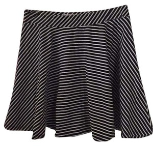 SO Mini Skirt Black/white