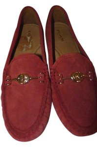Coach true red Flats