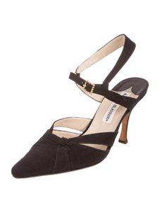Manolo Blahnik Manolo Suede Pointed Toe 8.5 Black Pumps