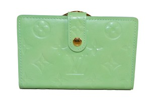 Louis Vuitton New Louis Vuitton Lime Green Vernis Leather French Wallet
