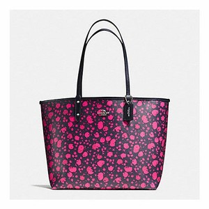Coach Tote in Ruby Pink/Midnight