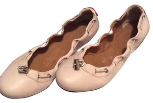 Hunter Soft pink Flats