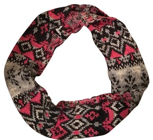 American Eagle Outfitters Infinity Scarf!