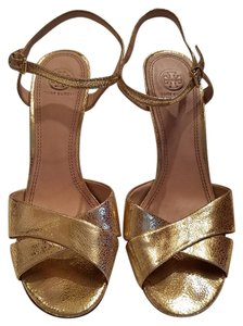 Tory Burch Pumps Metallic Gold Sandals