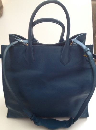 Balenciaga Hobo Tote Business Linen Pushlock Push Lock Push-lock Clochette Calfskin Leather Rectangular Mirror All Time Brass Satchel in Teal