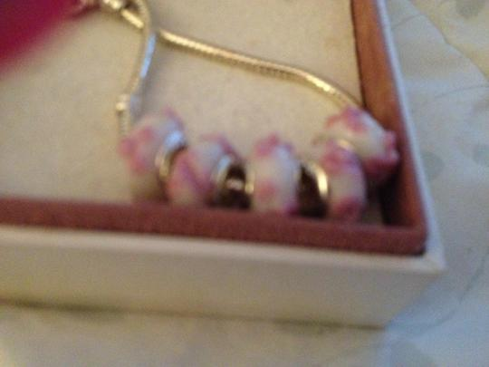 Bella & Chloe SET OF 5 ~~European Style Murano Beads, 4mm hole, A Beautiful White with Pink Flowers!