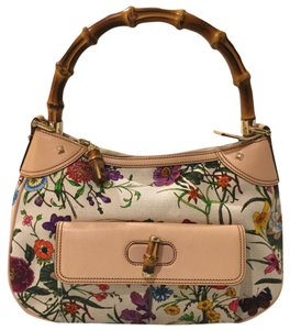 Gucci Flora Vintage Bamboo Gg Satchel in white with multicolor flowers