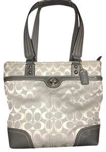 Coach Tote in light gray canvas,dark gray patent leather trim.