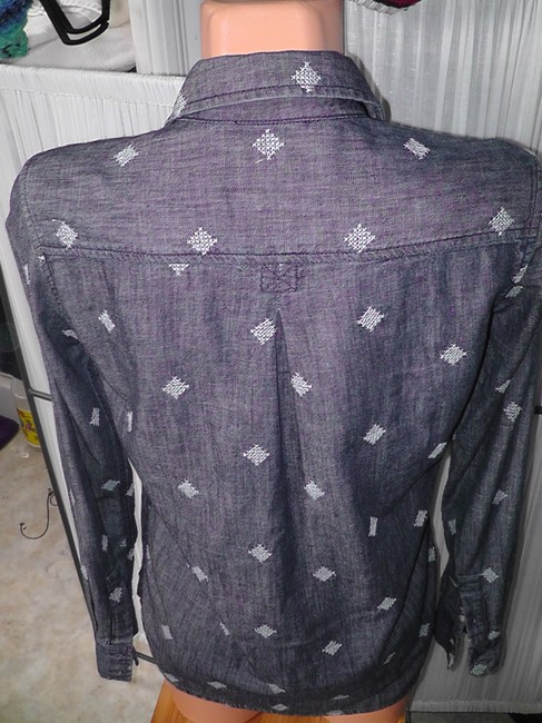 American Eagle Outfitters Jeans Longsleeve Cross Stitch Button Down Shirt Med. Denim Image 1