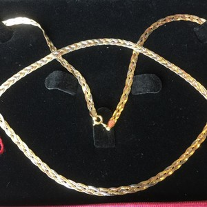 Real Pawnable 18k Saudi Gold Tri color Jewelry set