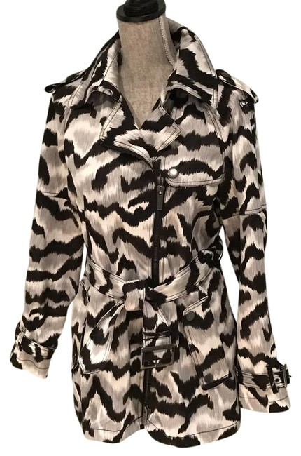 Preload https://img-static.tradesy.com/item/20504842/kenneth-cole-black-white-gray-and-animal-print-with-epaulettes-coat-size-6-s-0-2-650-650.jpg