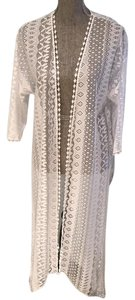 In Bloom by Jonquil In Bloom by Jonquil White Cut-Out Open Robe/Cover-Up (Size Small)