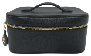 Chanel CHANEL Black Caviar Leather Cosmetic Vanity Bag Pochette Gold Hardware