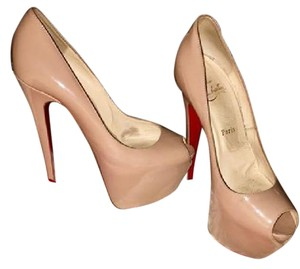 Christian Louboutin Red Bottom Louboutin Heel Nude Pumps
