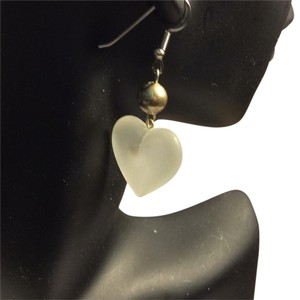 creative designsbyappealinglady glass heart vintage earrings