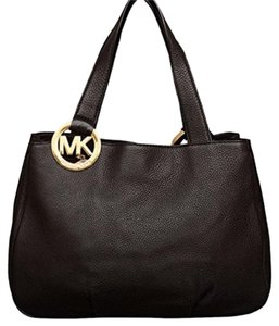 Michael Kors Fulton Leather Large Snap Closure Tote in black