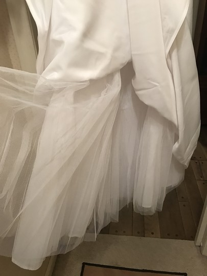 Forever Yours White Satin and Polyester Formal Wedding Dress Size 6 (S) Image 10