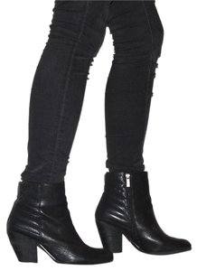 Vince Camuto Goatleather Leather Edgy Black Boots