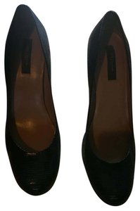 Ann Taylor Leather Work Office Corporate Black Pumps
