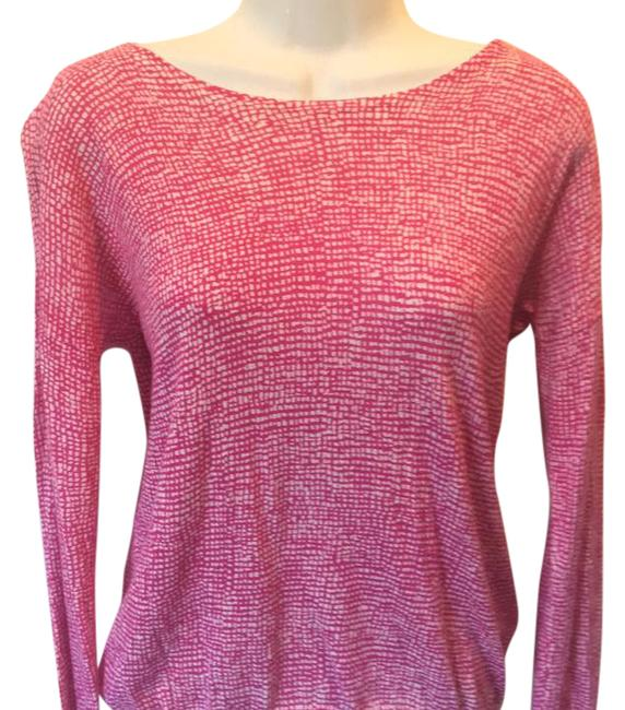 Preload https://img-static.tradesy.com/item/20508198/gap-printed-pink-fine-knit-boatneck-xs-sweaterpullover-size-2-xs-0-1-650-650.jpg