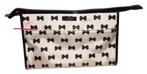 Kate Spade $168 Large Whitehall Court Heddy Cosmetics Bag