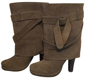 Restricted tan Boots