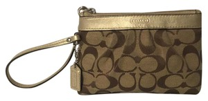 Coach Monogram Classic Gold And Wristlet in Brown