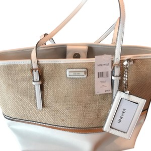 Nine West Tote in Natural-Silver/Snow Petal/Metallic Silver
