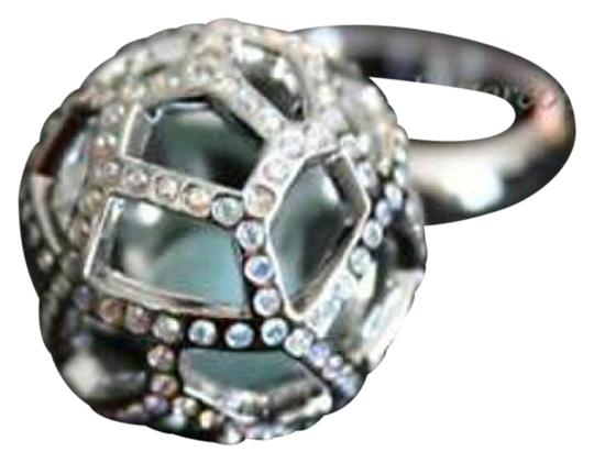 Preload https://img-static.tradesy.com/item/20508922/swarovski-sliver-new-crystal-jade-ball-58l8-935394-ring-0-1-540-540.jpg