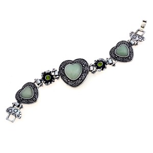 Other Antique Style Heart Bracelet with Jade Stone