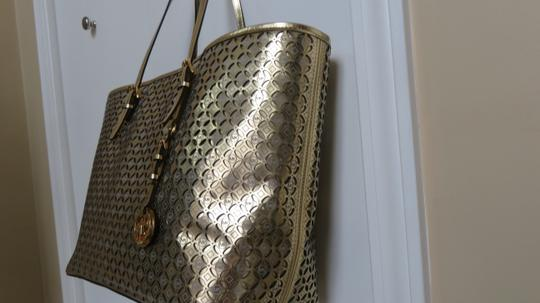 Michael Kors Fun Leather Tote in Gold Image 1