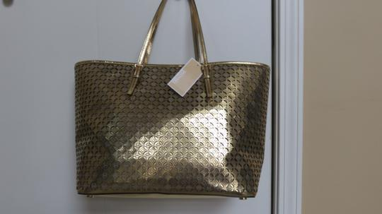 Michael Kors Fun Leather Tote in Gold Image 2