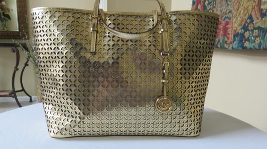 Michael Kors Fun Leather Tote in Gold Image 5