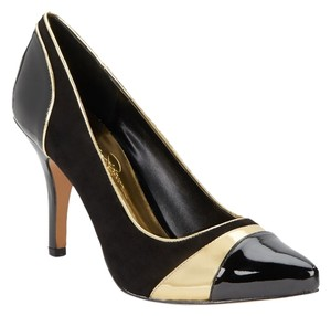 Jessica Simpson Black/Gold Pumps