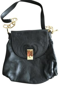 Marc Jacobs Leather Gold Hardware Shoulder Bag