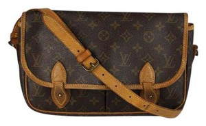 Louis Vuitton Sac Gibeciere Mm Messenger Totes Cross Body Bag