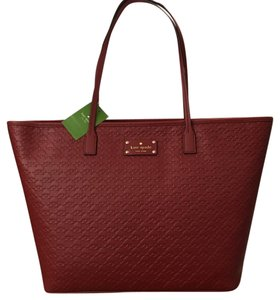 Kate Spade Margareta Penn Place Traincared Tote in Traincared (603)