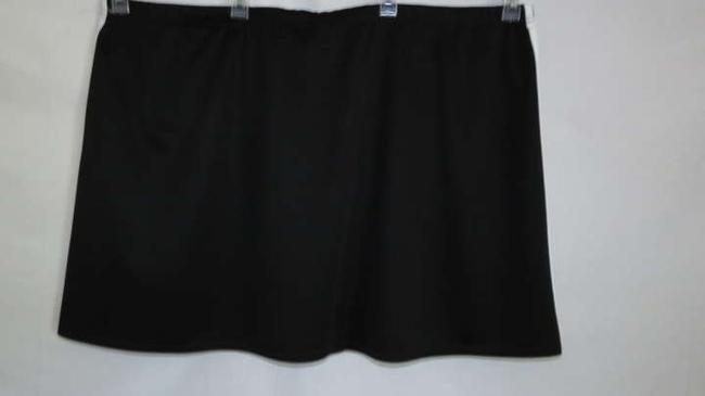 Essentials Boutique Skort Black/White