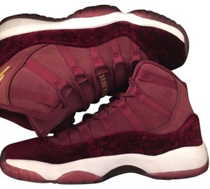 Air Jordan Maroon Athletic